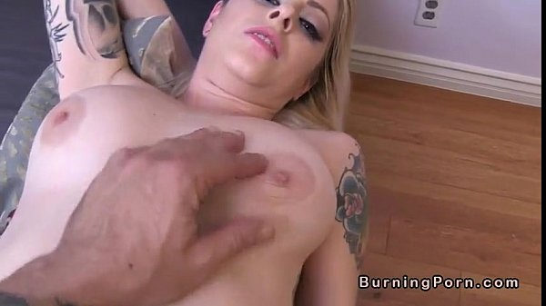 Shaved tattooed blonde Nicole Malice gets facial POV