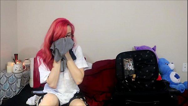 Мед сестра дрочит парню видео