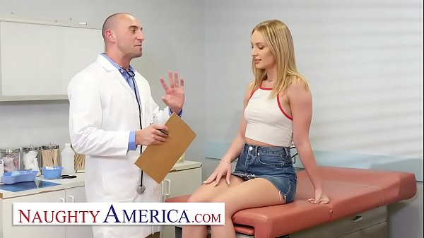 Naughty America - Daisy Stone needs her Pussy c...