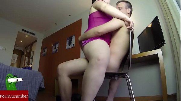 Секс порно папа трахает дочь трахает
