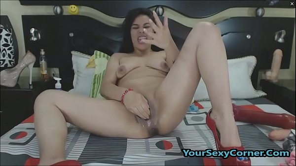 Monster Cock Dildo And Fisting For Latinas Puss...