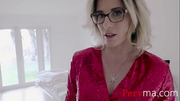 Jingle Bells With Blonde MILF Mom- Cory Chase Thumb