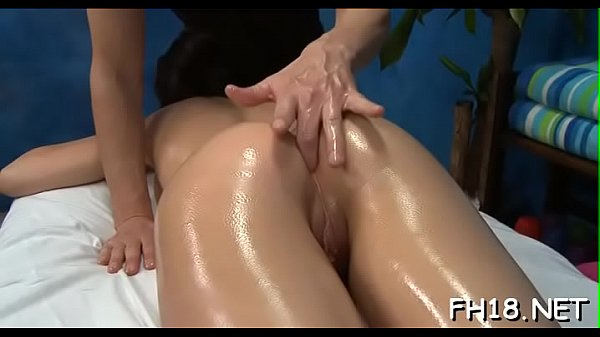 Hawt chick plays with rod then gets nailed hard