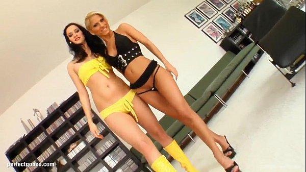 Натали голд в групповом порно видео онлайн
