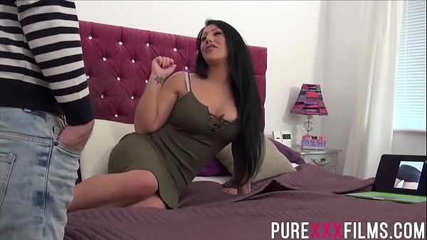 Curvy step sister Candi Kayne fucking