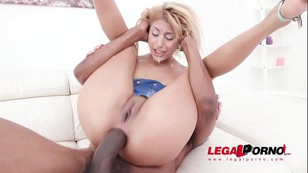 Sarah Cute interracial DAP with 0% pussy fucking SZ2285