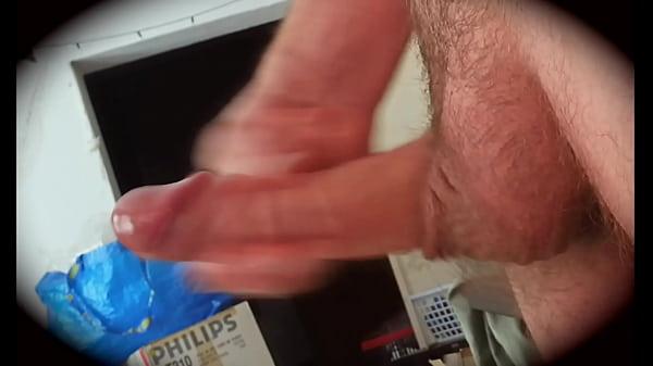 Masturbandosi di soppiatto