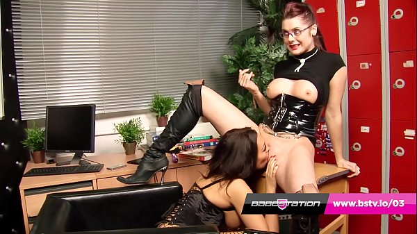 Karina Currie & Rio Lee fuck on the desk at Babestation