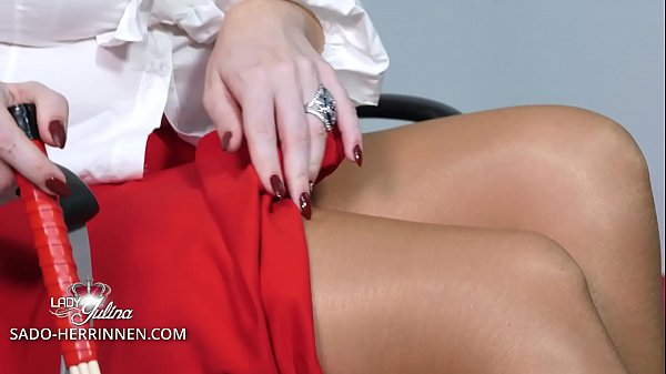 Office Mistress: Look down, my horny nylon office slave! Thumb