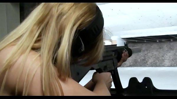Порево русских сосет хуй классно