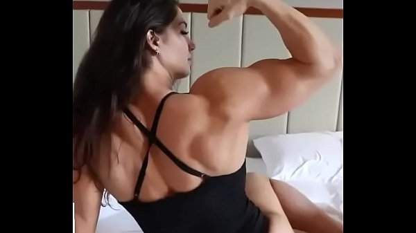 Big muscles girl 96 Thumb