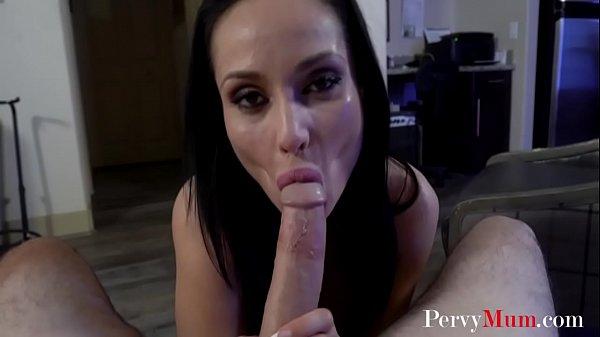 Video porno figlio ama mamma italiana