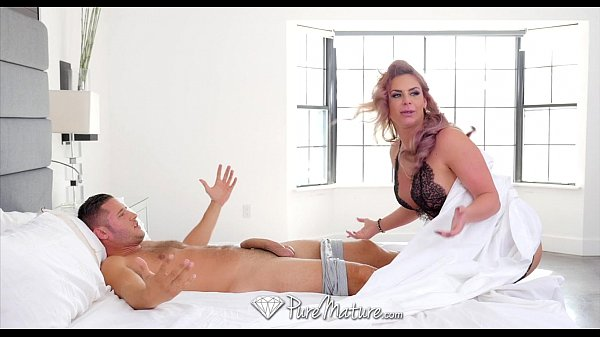 PureMature - Big breasted Phoenix Marie slobbers all over cock Thumb