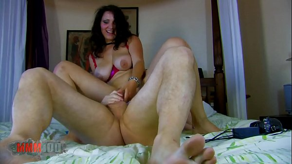 Hardcam for you with Nathalie and Terry