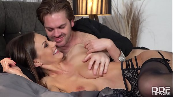 Sperm-hungry vamp Tina Kay stimulates her clit while being fucked real hard Thumb