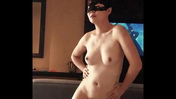 Horny Samantha slut dancing Thumb