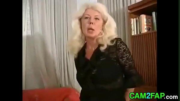 Blonde Mom Free Mature Porn Video