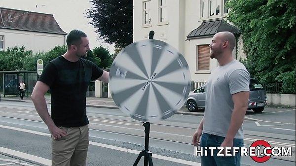 HITZEFREI German MILF Bonny Devil fucking a fan
