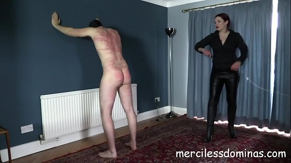 It Hurts - Goddess Knows How to Make Slave Suffer Thumb
