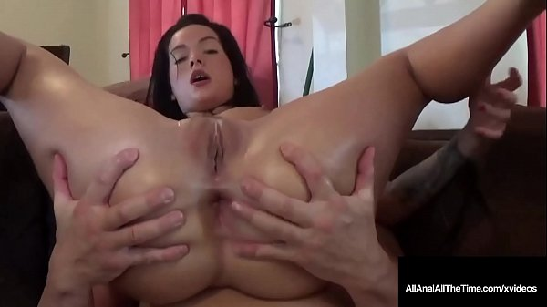 Tatted Up Beauty Maria Marley Is A Poop Chute V...