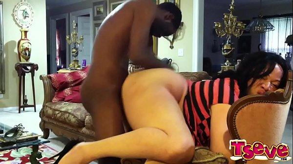 Hypnotizing Ass of Ts eve