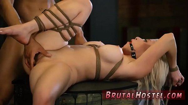 Порно раб лижет сапоги и анус госпоже