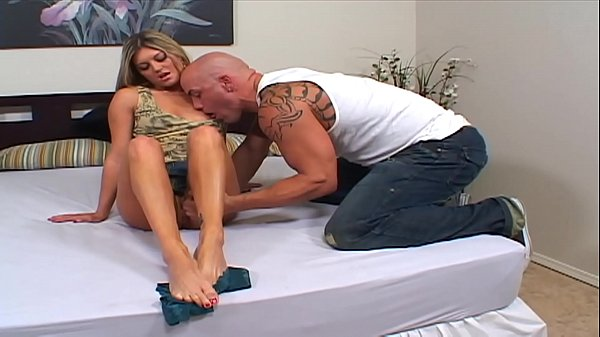 Hot & Horny Secretary Kate takes the Big Dick of Son of Boss hard and rough takes the huge cumshot on her feet Thumb