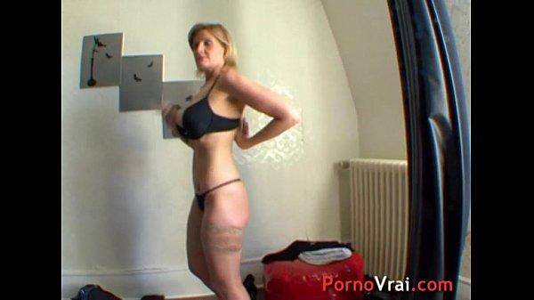 Porno gratuit mature blondes
