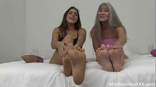 Cum For Stepmom and Stepdaughter - Feet JOI with Leilani Lei and Valentina Bellucci