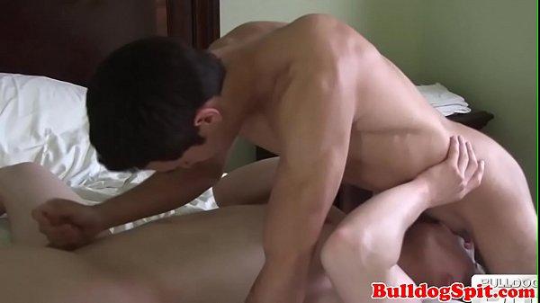 2019-01-17 01:01:12 - Deepthroating UK lad gets his cock tugged 6 min  720p http://www.neofic.com