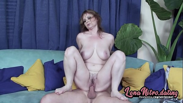 Redheaded MILF gets the pounding her hairy, wet...