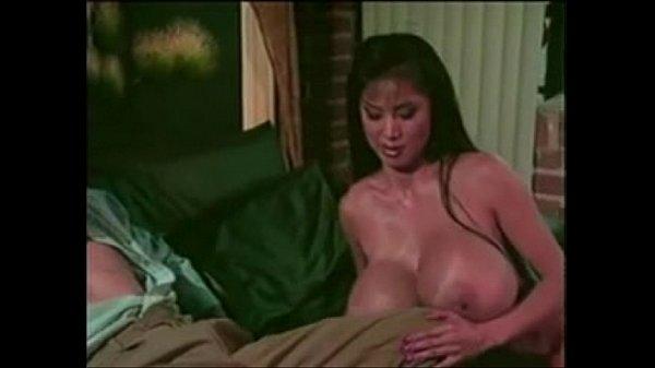 Вилики сиски секс