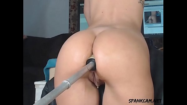 Machine fucking her pussy and tight ass Thumb