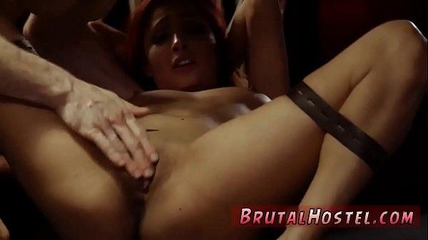 Минет публично порно онлайн