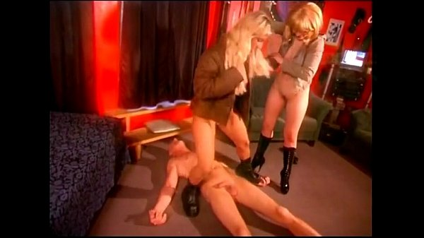 Two dominas in a hot trampling action Thumb