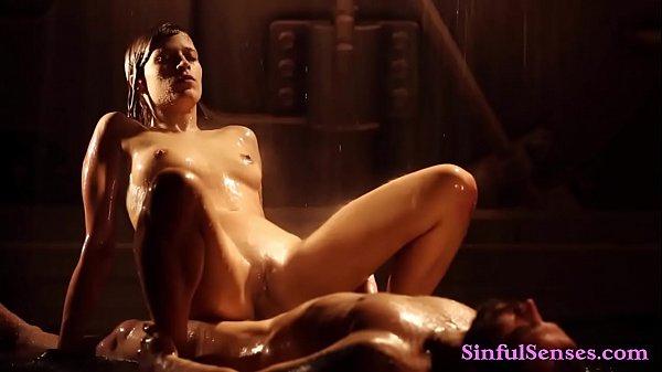 Порно выебал в анал