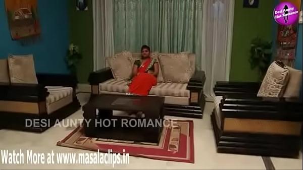 Desi Aged Bhabhi Sex with Young Guy - XNXX.COM