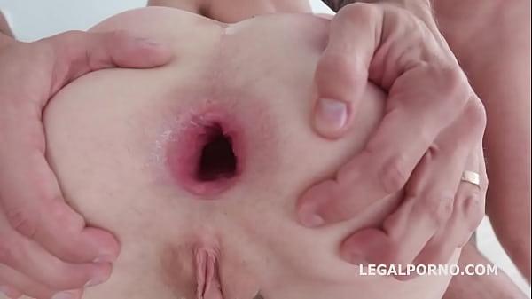 Видео зрелых дам в чулках