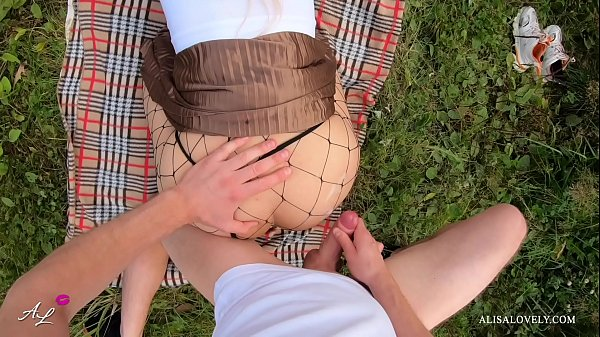 Naughty Picnic - Amateur Couple Outdoors Fuck Thumb