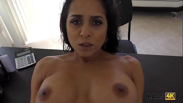 LOAN4K. La cosa dolce che Abby fa sesso con uno sconosciuto per ottenere i soldi necessari Thumb