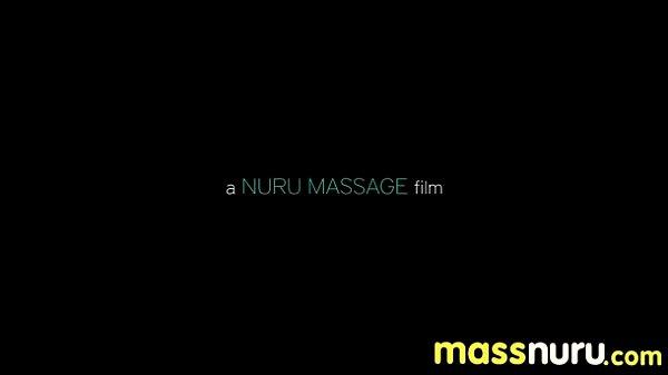Порно где брат занимается с сестрой массажем