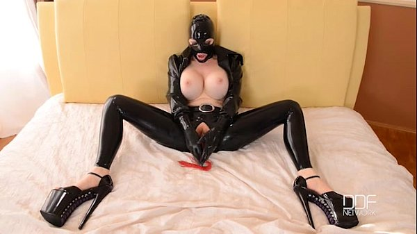 latex bdsm swedish amateur porn