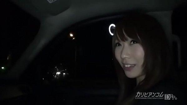 ดูหนังโป๊ญี่ปุ่น จับเธอเย็ดซอยอย่างไวเลย เอาเธออยู่ข้างบนแล้วเย็ดสดๆกับเธอ