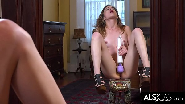 Kristen Scott Cums Loudly Toying Wet Pussy Thumb