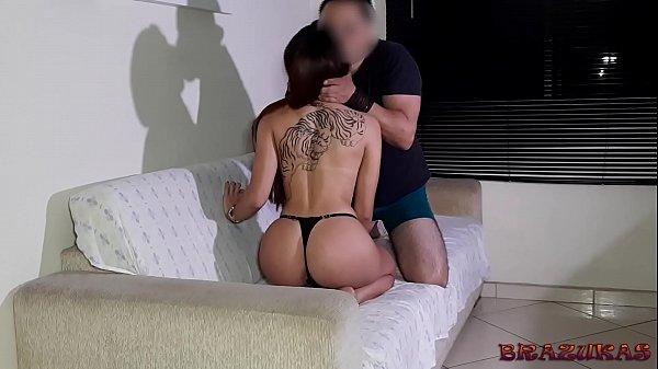 Porno marito ha portato a scopare la moglie di un altro