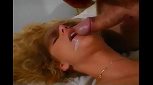 Old photographer gets to fuck young curvy slut at his studio
