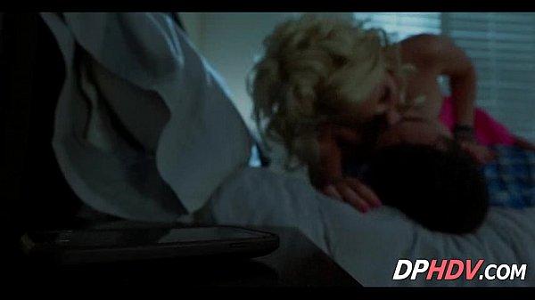Порна мама масаж