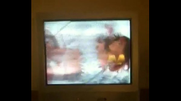 Женщины отрывают мужику яйца видео, женские попки после члена фото