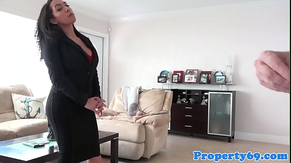 Busty realtor cocksucking before sex in house Thumb