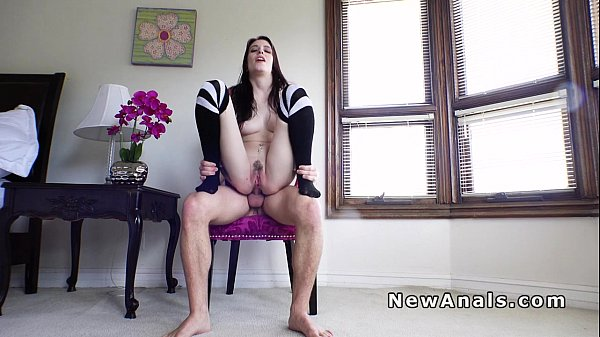 Petite cuttie has morning anal fuck